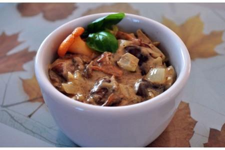 Jesienny sos grzybowo- śmietanowy