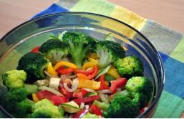 Pyszna sałatka z brokułów
