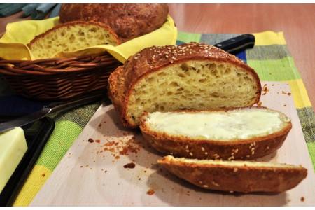 Chleb serowy z tymiankiem